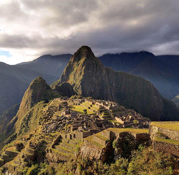 615px-80_-_Machu_Picchu_-_Juin_2009_-_edit.2