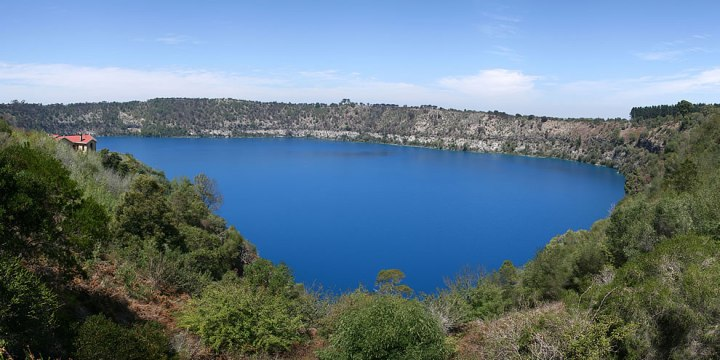 Blue-Lake-Mount-Gambier-Australia