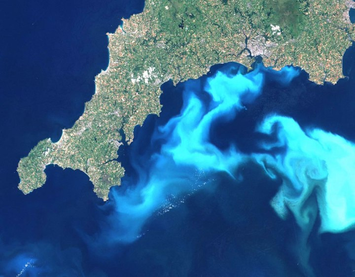 Massive-algae-bloom-as-seen-from-space-near-South-of-Cornwall-Great-Britain