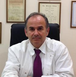 ο αγγειοχειρουργός-αγγειολόγος Δρ Χαράλαμπος Ηλίας,