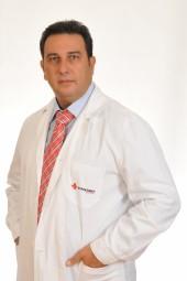 Ο ορθοπαιδικός χειρουργός κ Δημάκης