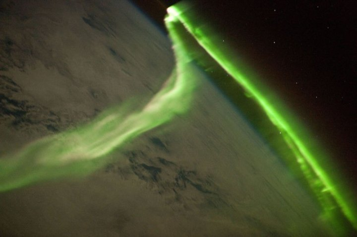 aurora-astralis-from-iss-space-expedition-23