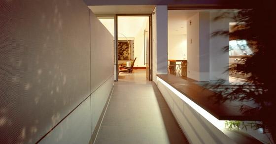 Apartment-building-in-Nea-Smyrni-by-MPLUSM-Architects_p18