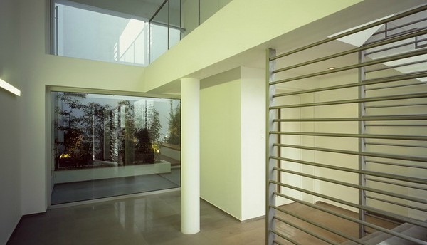 Apartment-building-in-Nea-Smyrni-by-MPLUSM-Architects_p20.jpg