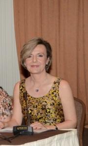 Η καθηγήτρια  κ Χαρμανδάρη