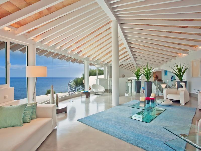 Luxury-villa-with-Spectacular-Sea-Views-in-Cala-Marmacen_p07