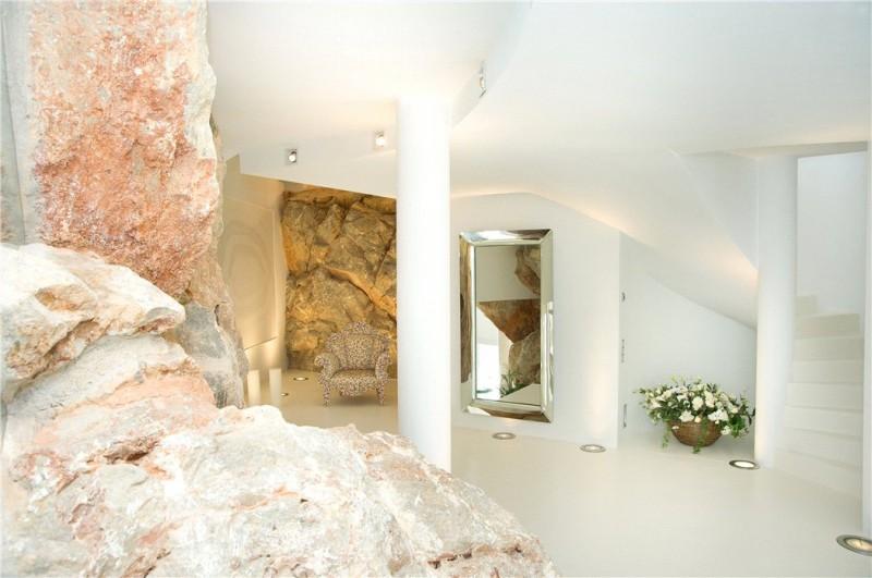 Luxury-villa-with-Spectacular-Sea-Views-in-Cala-Marmacen_p20