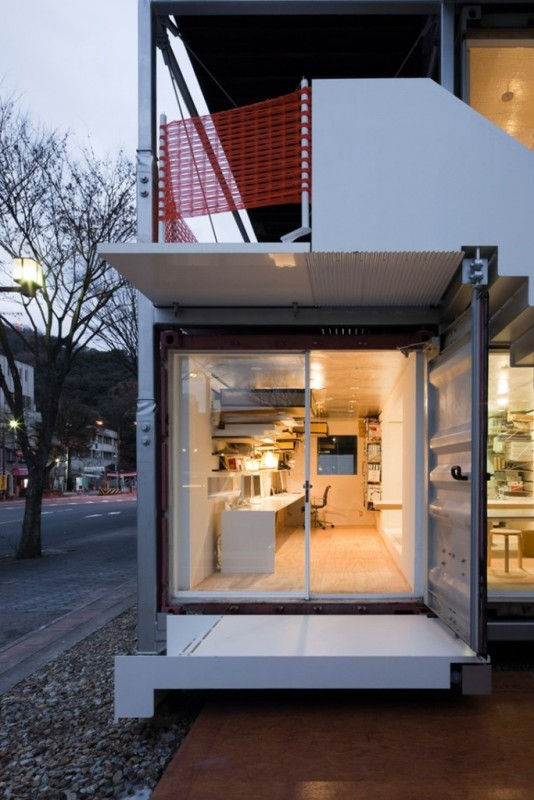 Sugoroku-Office-by-Daiken-Met-Architects_p01